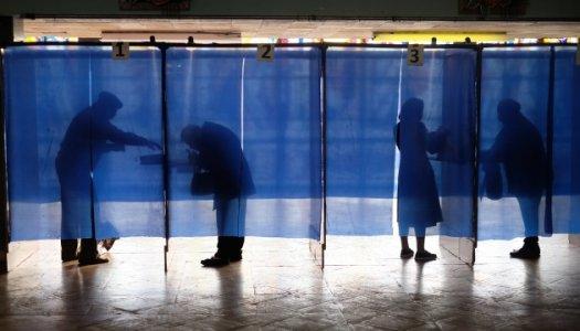 Явка виборців в Аджамській громаді середня по області