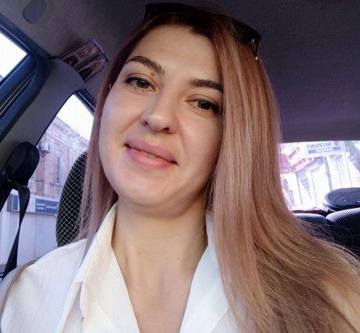 Оксана Маленко: «Приємно робити людям красу!»