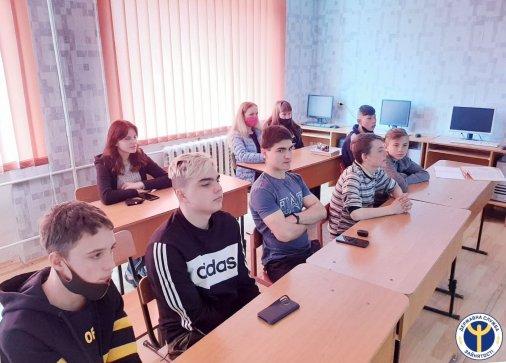 Старшокласники Аджамської громади дізналися, де вивчитися на військового